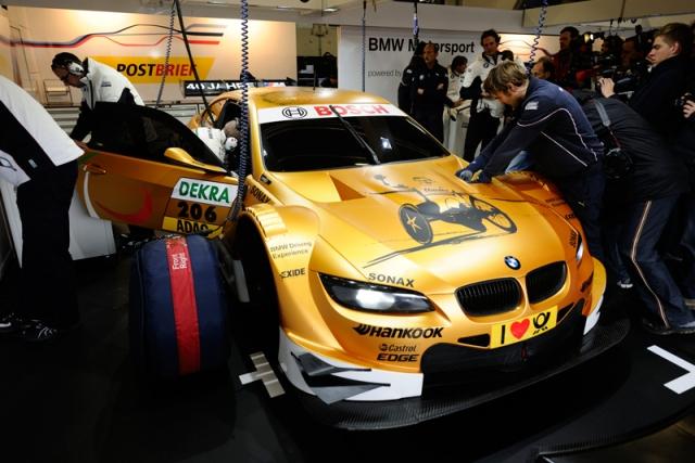 Alessandro_Zanardi_test_BMW_M3_DTM_small_800x534