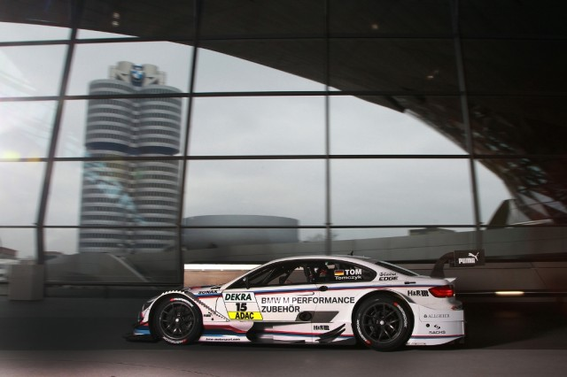 BMW_M_Performance_Parts_BMW_M3_DTM_Martin_Tomczyk