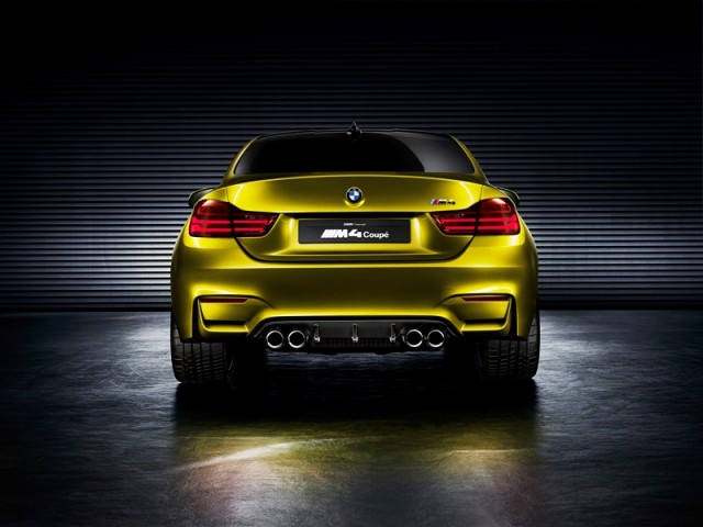 M4 Coupe spate