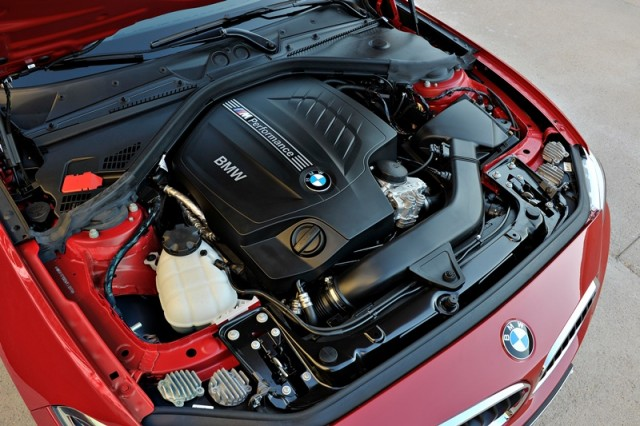 BMW_Seria_2_Coupe_small_800x533 (4)