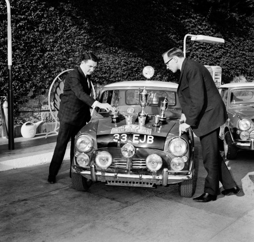 1964_-Prima_victorie_in_Raliul_Monte_Carlo_medium_1600x1522