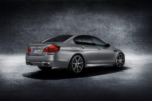 BMW_M5_30_Jahre_medium_1600x1068 (3)