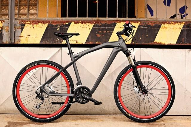 BMW_M_Cruise_Bike_medium_1600x1067