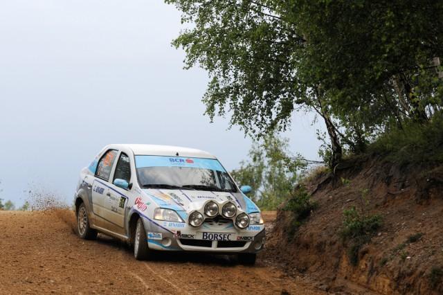 Adrian Teslovan si Vajk Cseh Imre_Dacia Logan Cup_Transilvania Rally