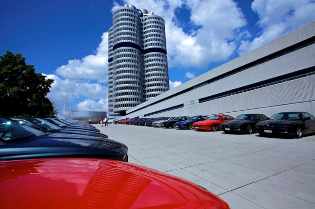 BMW_Seria_8_Reuniune_25_de_ani_medium_1600x1067 (1)
