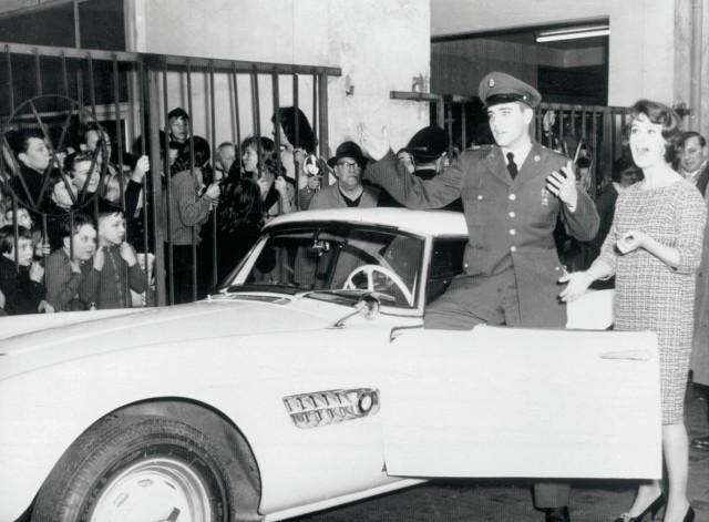 BMW_507_condus_de_Elvis_Presley_medium_1600x1018