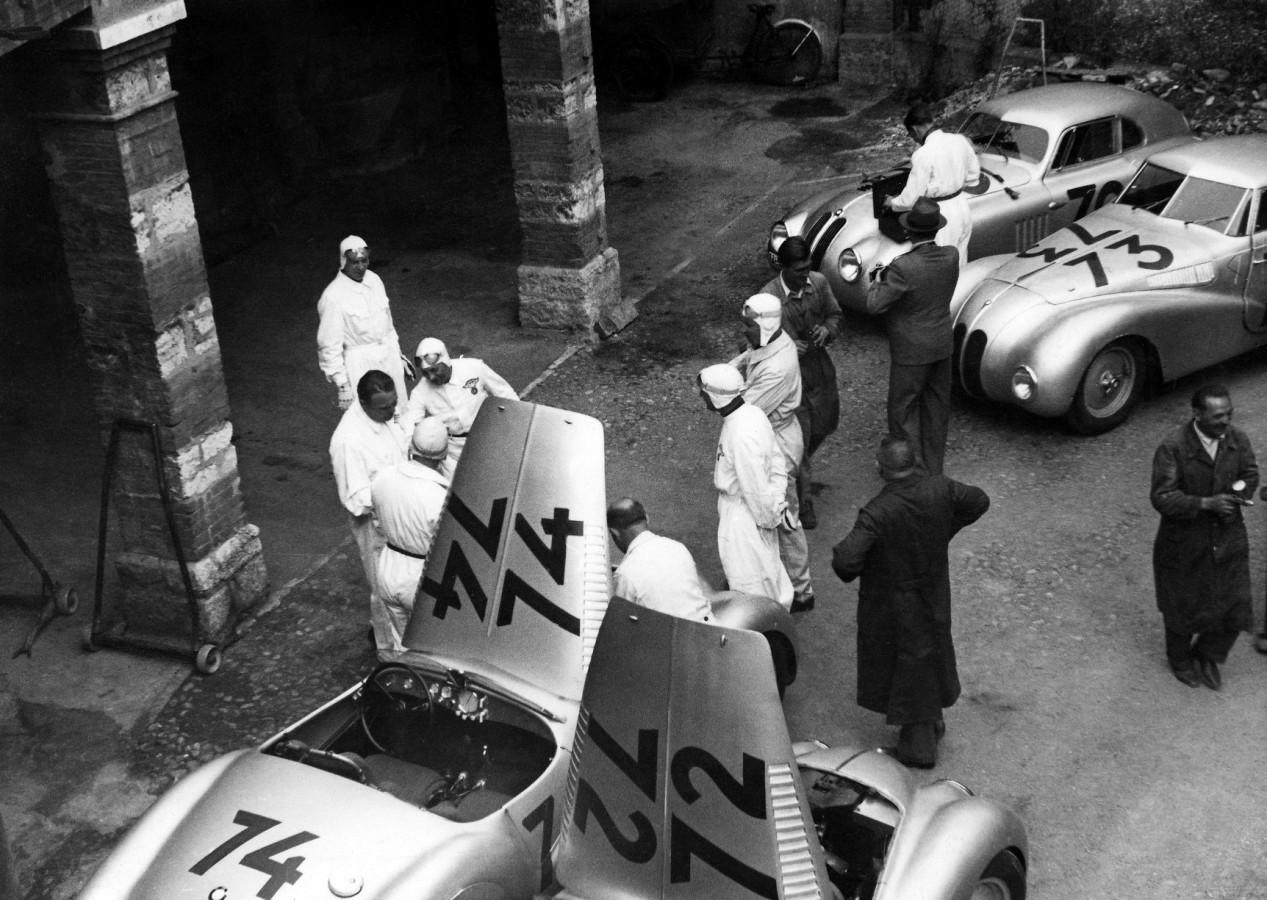 BMW drivers' paddock during Mille Miglia Grand Prix in Brescia, 1940 (03/2010)